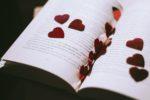 Schrijf een mooi gedicht om weer bij elkaar te komen